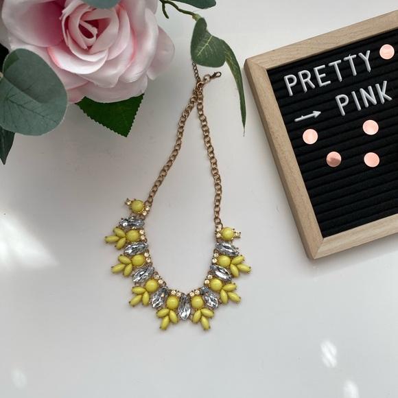 Aldo Jewelry - 4/$15 yellow and golf jewel chunky necklace